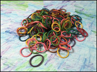 Beauty Town - Pack of 250 Mini Rubber Bands (Multi Colour)