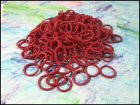 Beauty Town - Pack of 250 Mini Rubber Bands (Red)